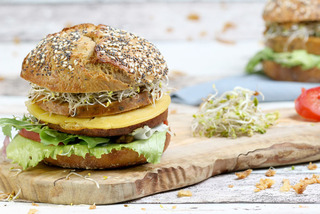 Vegan Cheese Burger